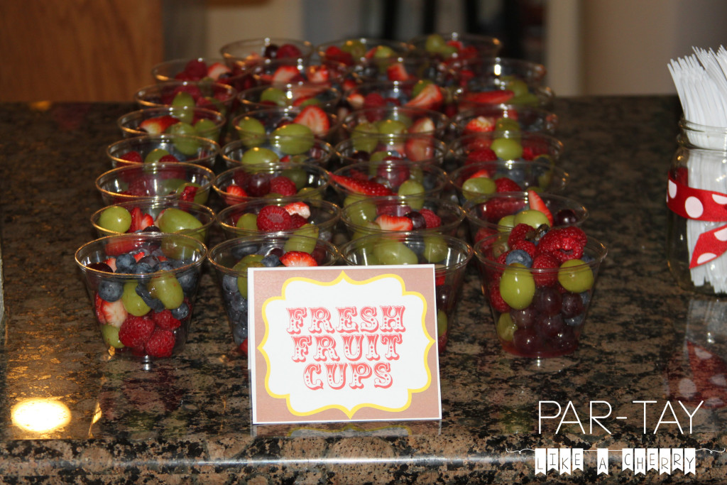 easy party food, fresh fruit cups single-serve size!
