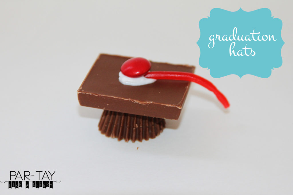 graduation hats dessert idea